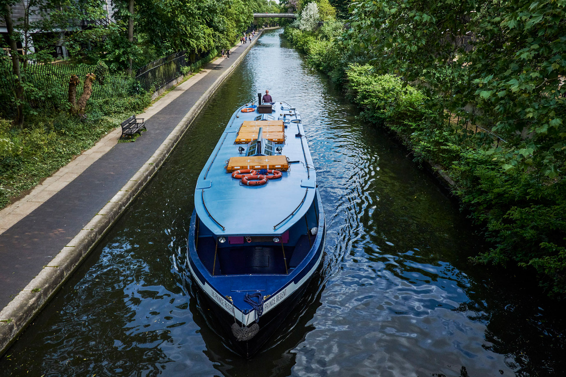 London Shell Co pops up on the Prince Regent at Paddington until the end of August. But does it float Food Editor Anastasia Bernhardt's boat?